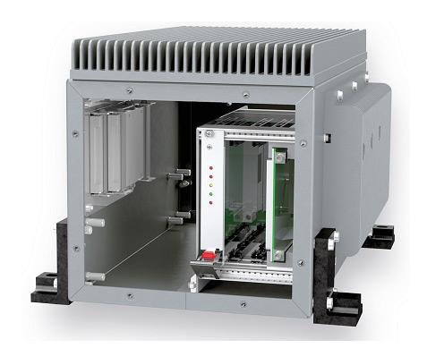 Рис. 3. В прочном корпусе RugTEC компания Polyrack комбинирует классический радиатор с виртуальным контактным охлаждением собственной разработки